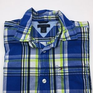 Tommy Hilfiger Boys button down shirt S6